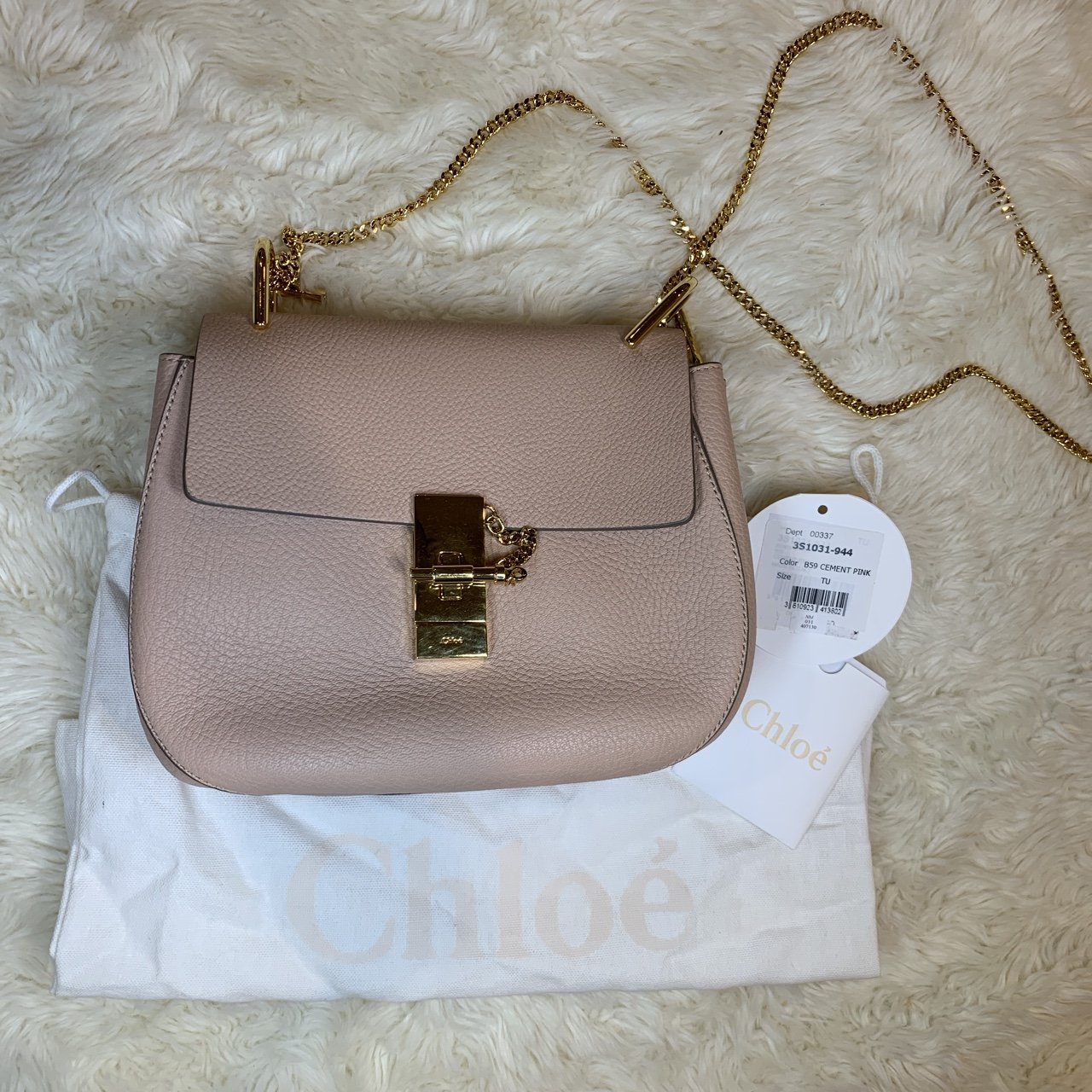 9e9a262654d7 Gently used  chloe drew shoulder bag in cement pink. This is - Depop