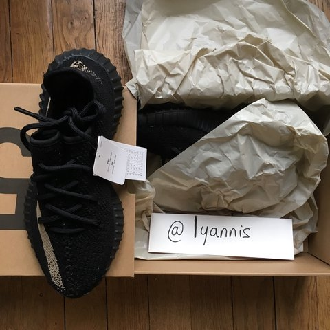 c855c65b5 WTS - Yeezy 350v2 GREEN 🍃 Black Friday 2016 - size   40 ( ( - Depop