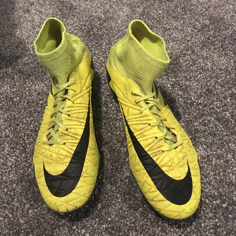 huge discount 718df 65048 NIKE HYPERVENOM PHATAL II DYNAMIC FIT FG BOOT Good just too - Depop