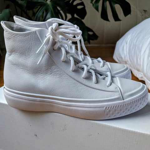 cb15648a3d3a4f Brand new Converse MODERN high top trainers in all white as - Depop