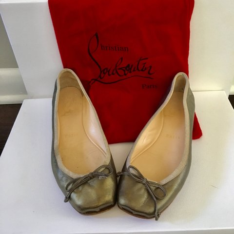 31caebdc0 @rdconsignment. 9 months ago. Decatur, United States. Christian Louboutin  ballet flats ...