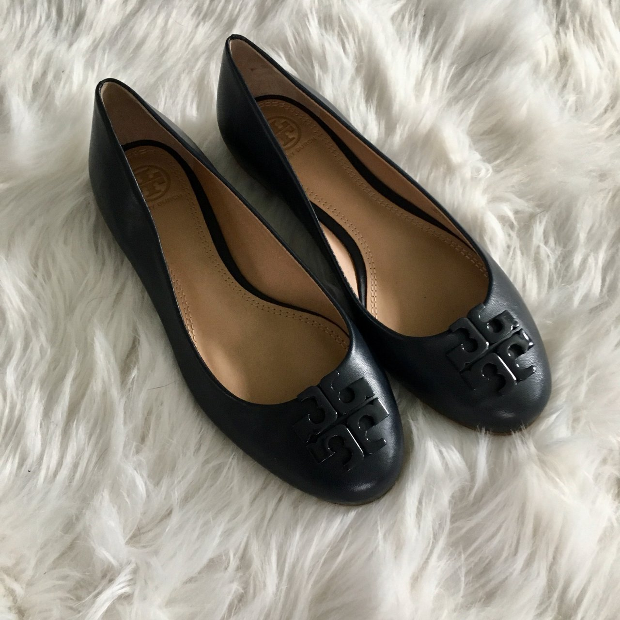 a1d85baa65fe New  toryburch navy leather flats. Size 7. New without  reva - Depop