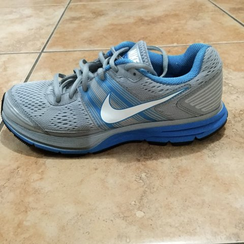 78ac3401e1c8 Nike Pegasus 29 men s running shoes. Size 7.5 in great and - Depop