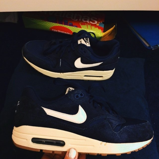 6c947ce7fd07 Navy blue air max 1 size 5.5 uk. The sole is a cream colour - Depop