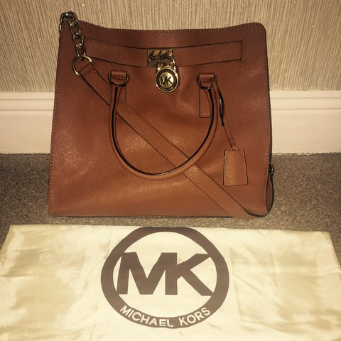 4d659df2b467 @zjken. last year. Ferryhill, United Kingdom. Genuine Michael Kors Hamilton Tote  Handbag