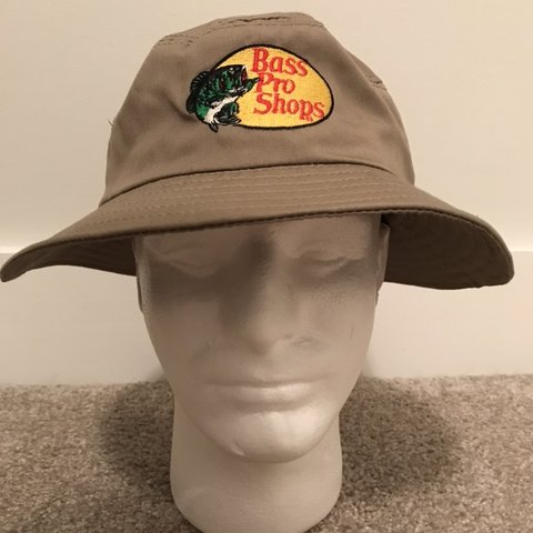 c9004c718b496 Bass Pro Shop Bucket Hat. Good Condition. - Depop