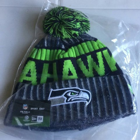 907c67dc53536 Seattle seahawks beanie winter hat bobble PRICE NON One size - Depop