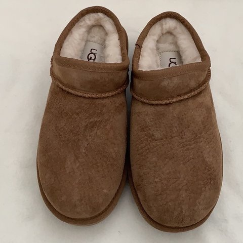 4ba8c6764439 brand new in box authentic classic water resistant UGG color - Depop