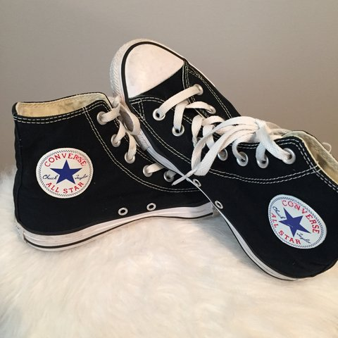 9039ea681043 DO NOT BUY ON HOLD UNTIL 10 14 18    Converse Black Chuck - Depop
