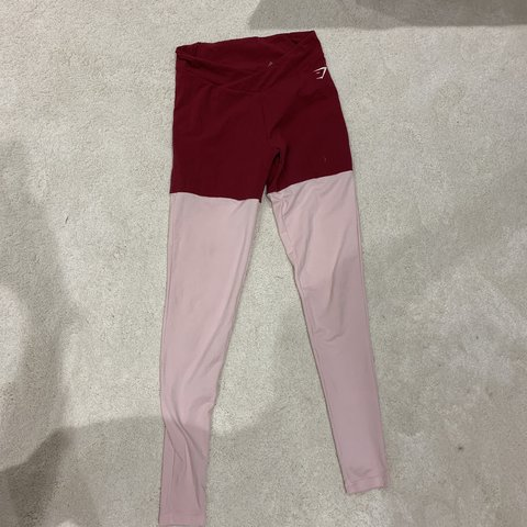 5b5b6d47ac6ea GYMSHARK TWO TONE LEGGINGS PINK AND MAROON SIZE S SMALL WORN - Depop