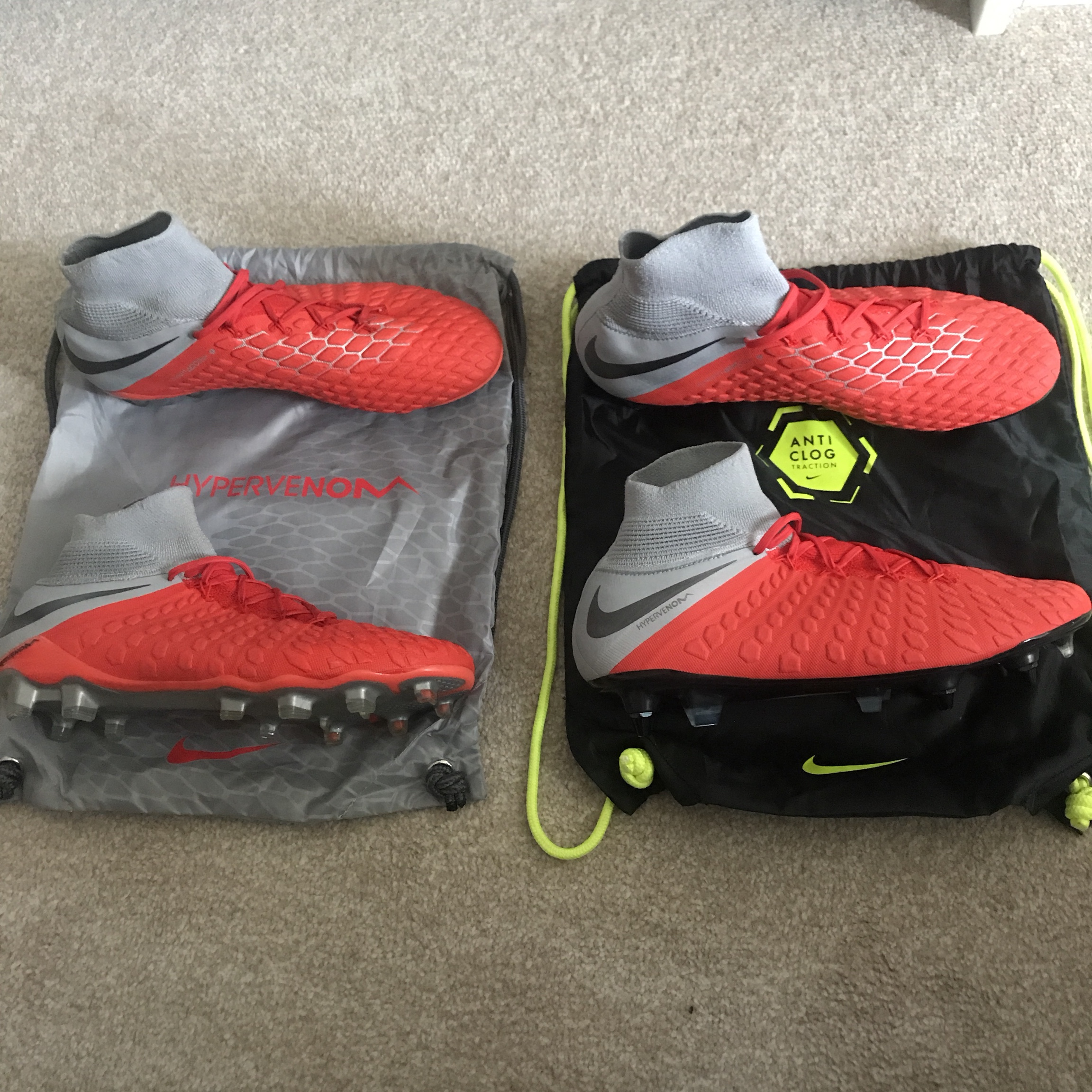 purchase cheap f0aa3 7ac69 Nike Hypervenoms red/grey warn the studs pair... - Depop