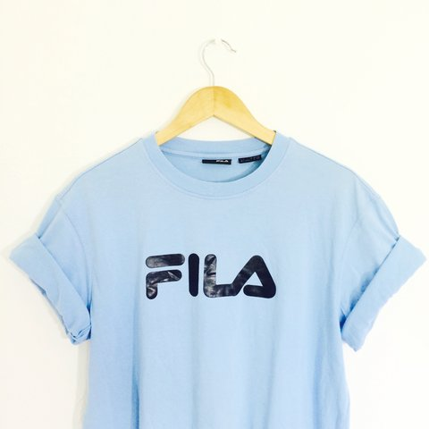 ff7b17174a3f8 Retro 90 s fila t shirt in light blue with large logo