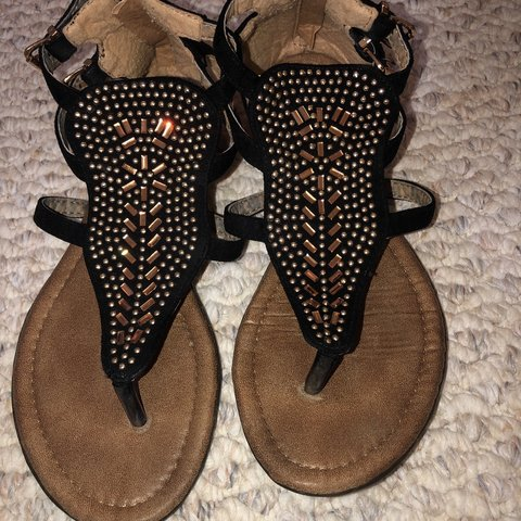 f2b671d619b87 size 7 sandals, i wore these for my graduation ceremony. i a - Depop