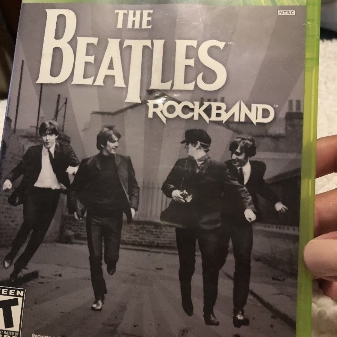 THE BEATLES: ROCK BAND XBOX 360 CIB GREAT