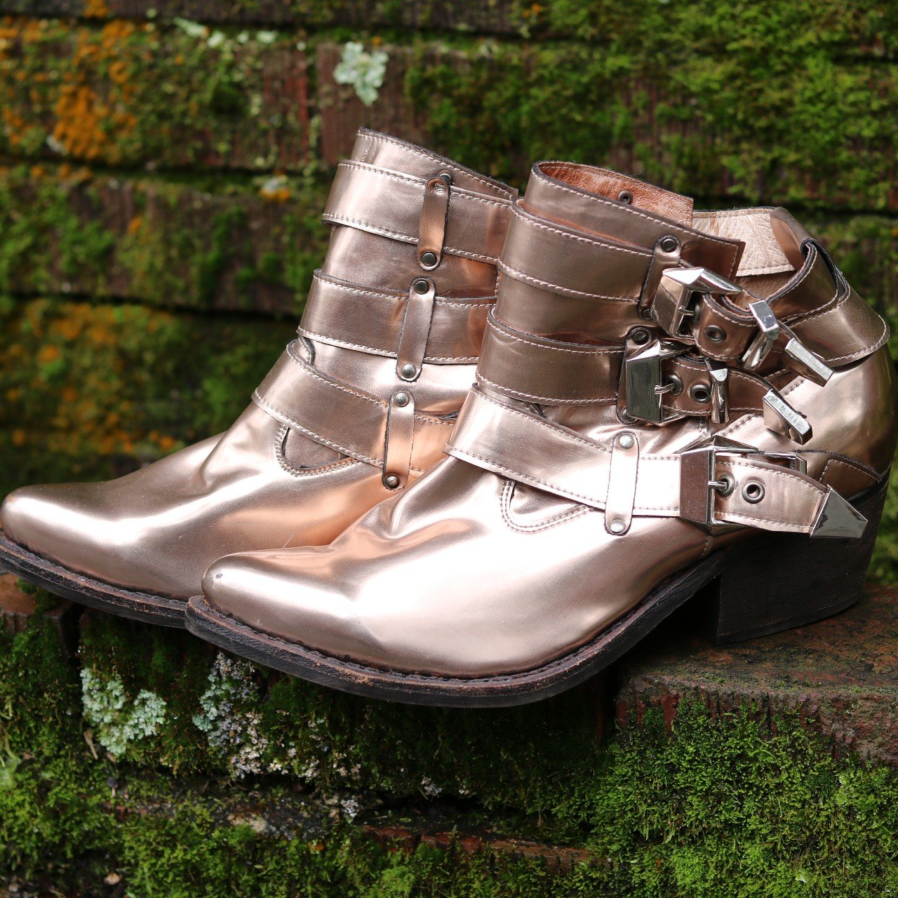 27472dc12d7c Jeffrey Campbell strappy booties Great condition ⚡7.9 10 A