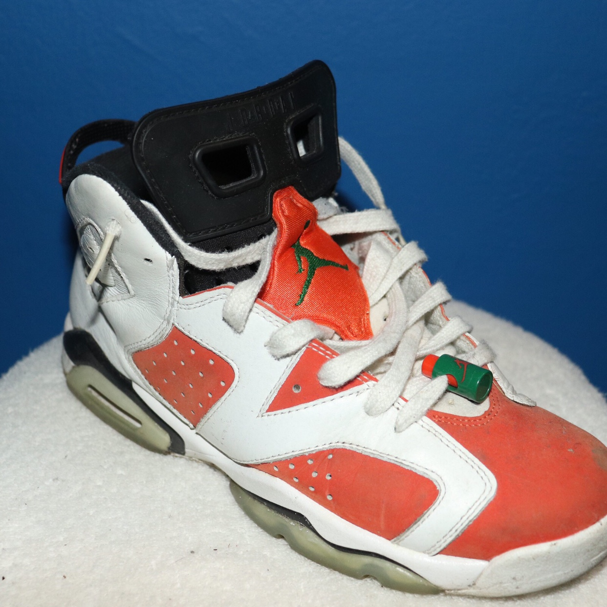 on sale 6c721 a914c JORDAN 6 Gatorade SIZE 7 RETAIL $140 NEED GONE ASAP... - Depop