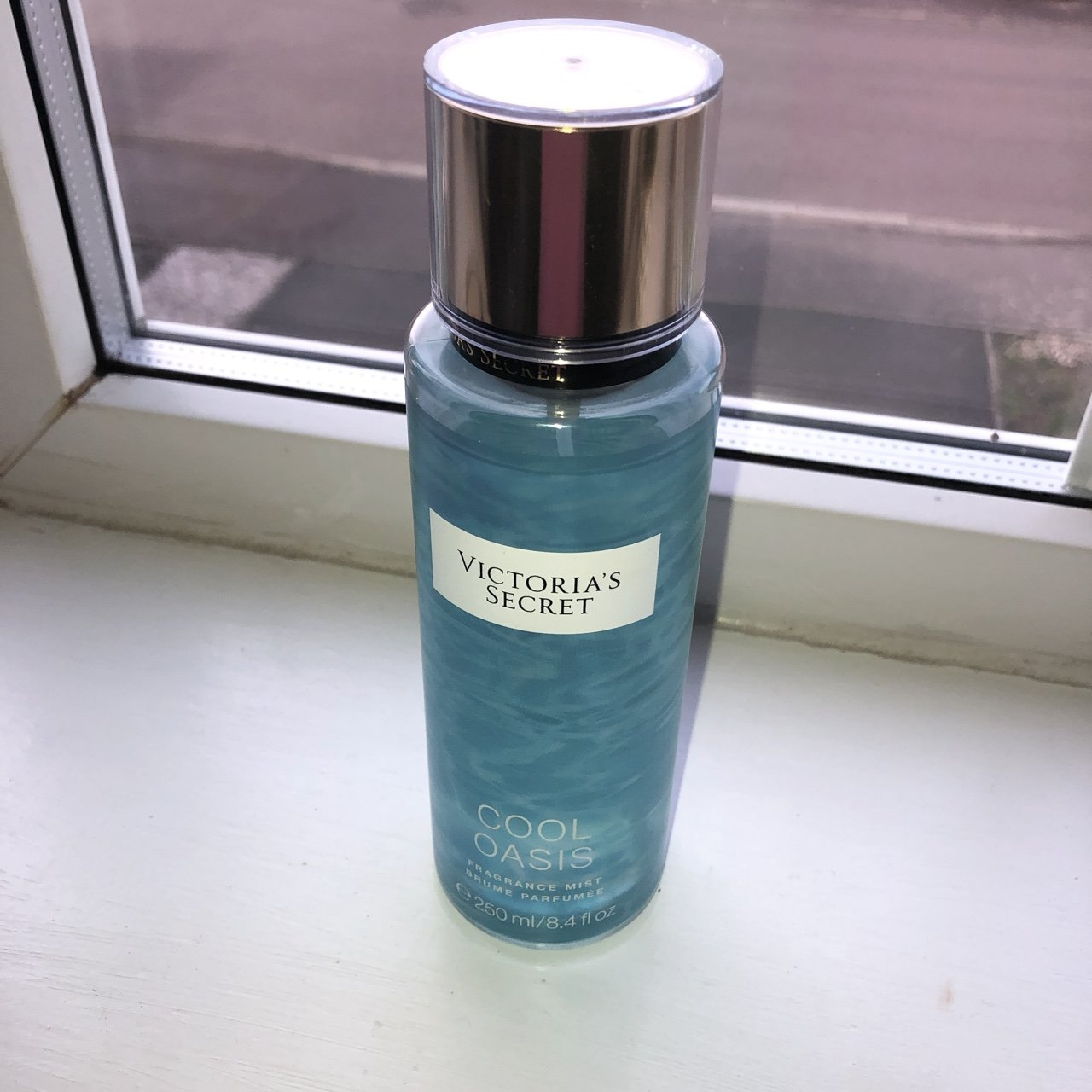 349ee2e0a2 Victoria s Secret spray in Cool Oasis.   LIMITED ADDITION   - Depop