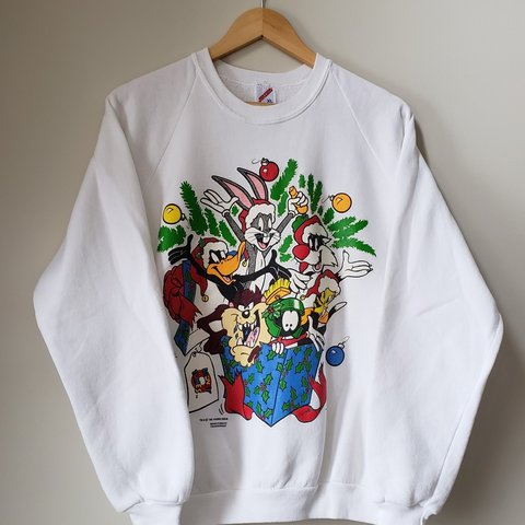 21a0a800782dfb 1993 Looney Tunes Chirstmas Crewneck Good condition 7 10 and - Depop