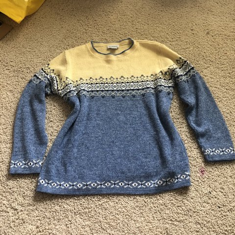 5aebfc02b78a3 @audrey_annn. 11 months ago. Lincoln, United States. Motherhood maternity  yellow and light blue sweater!