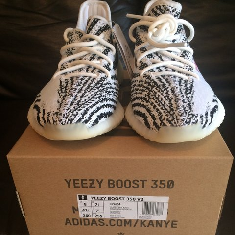 bd0a798d43550 Adidas YEEZY BOOST 350 V2 ZEBRA WHITE BLACK SIZE UK 7.5 New - Depop