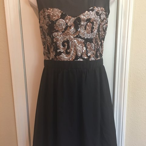 6c5b7098 Black short sleeves, cocktail dress, with rose gold sequins. - Depop