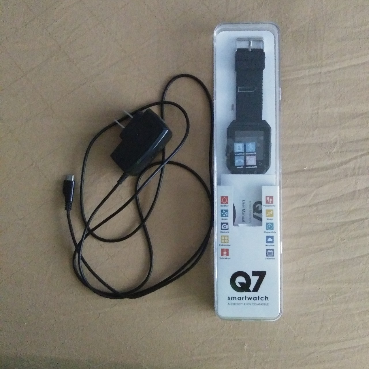 Q7 Smartwatch Android and iPhone Compatible The    - Depop