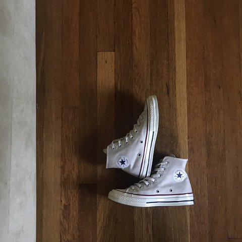 "8f4df5cf027eb Converse 70s Chuck Taylor ""Parchment"" Cream Good All is 4   - Depop"