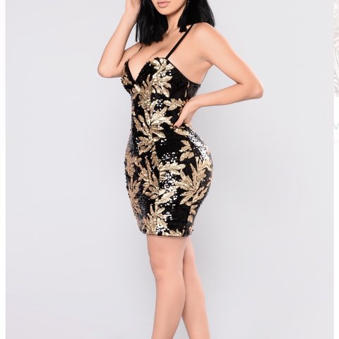 329dda23 @edyahh27. 9 months ago. Pasadena, United States. FASHION NOVA - GOLD AND  BLACK FLORAL SEQUIN DRESS.