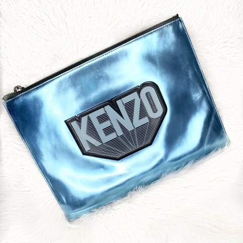 23199a10cb3 @prettylittletreasures. 2 months ago. Mississauga, Kanada. KENZO CLUTCH !  Rubber logo lettering ...