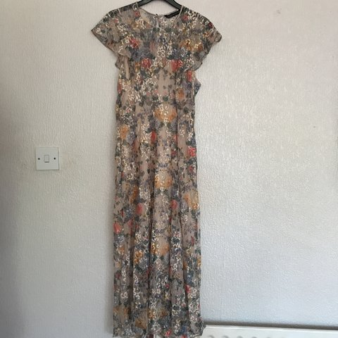 48113b6ae7b Floral maxi dress from Zara. Worn only once