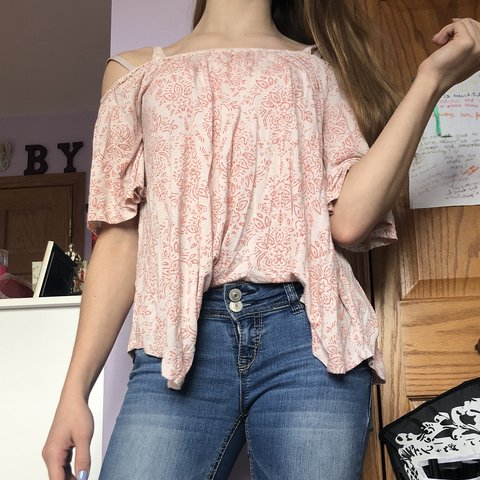 53831be43262ed @abbykent. 6 months ago. Batavia, United States. Pale pink cold shoulder top  with darker pink flower-like ...