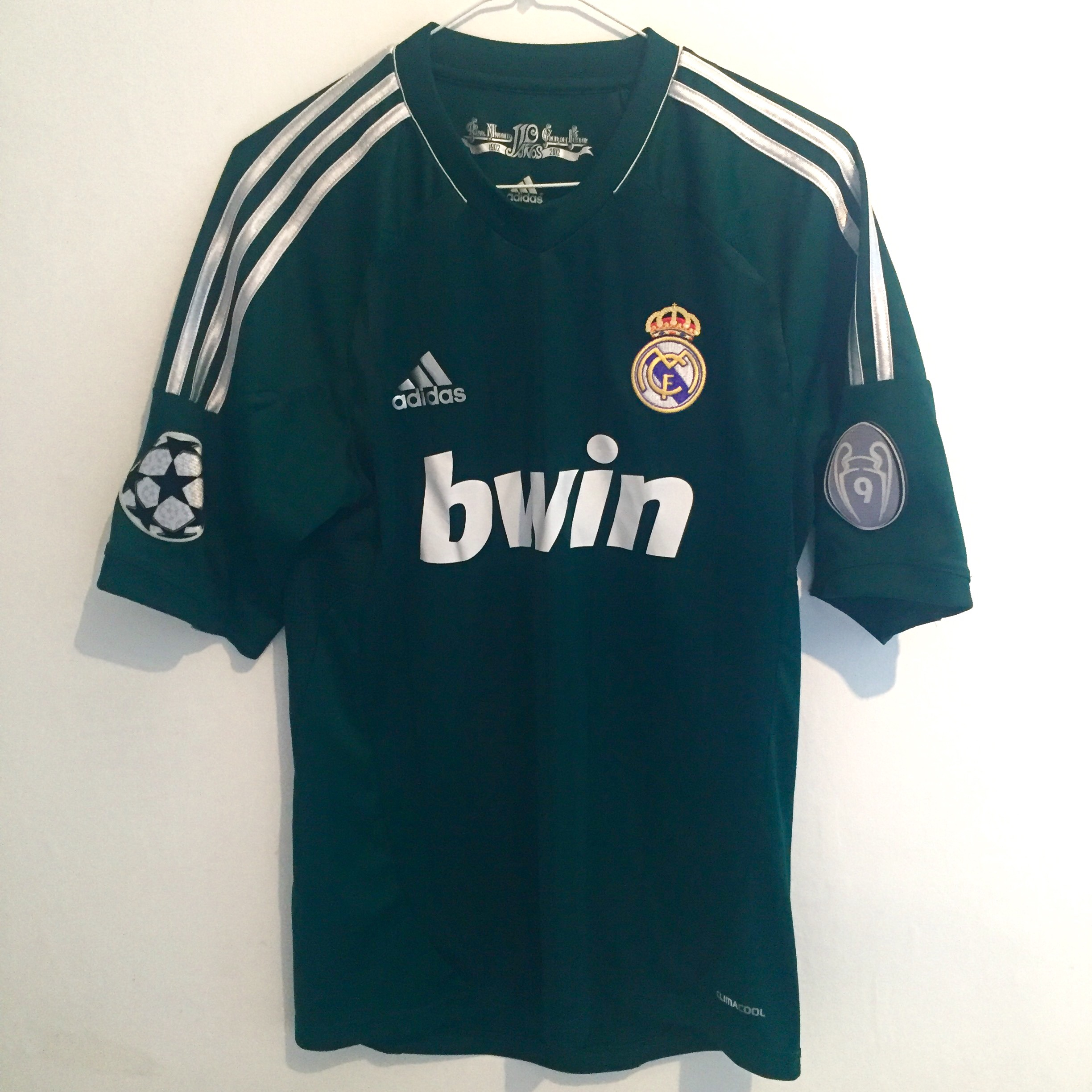promo code e4a2b 92f89 Real Madrid 2012-13 Away Football Shirt with... - Depop