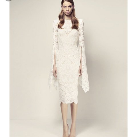 """13875c16c77 Beautiful white lace Alex Perry """"Alaroy"""" midi dress with and - Depop"""