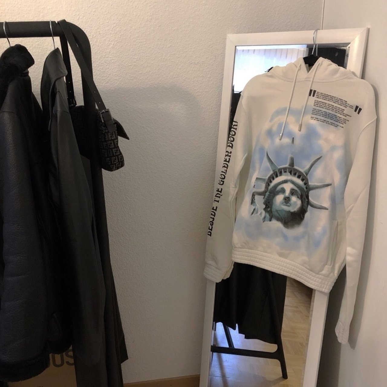 Off White New York Hoodie in size XS (fits like an Depop