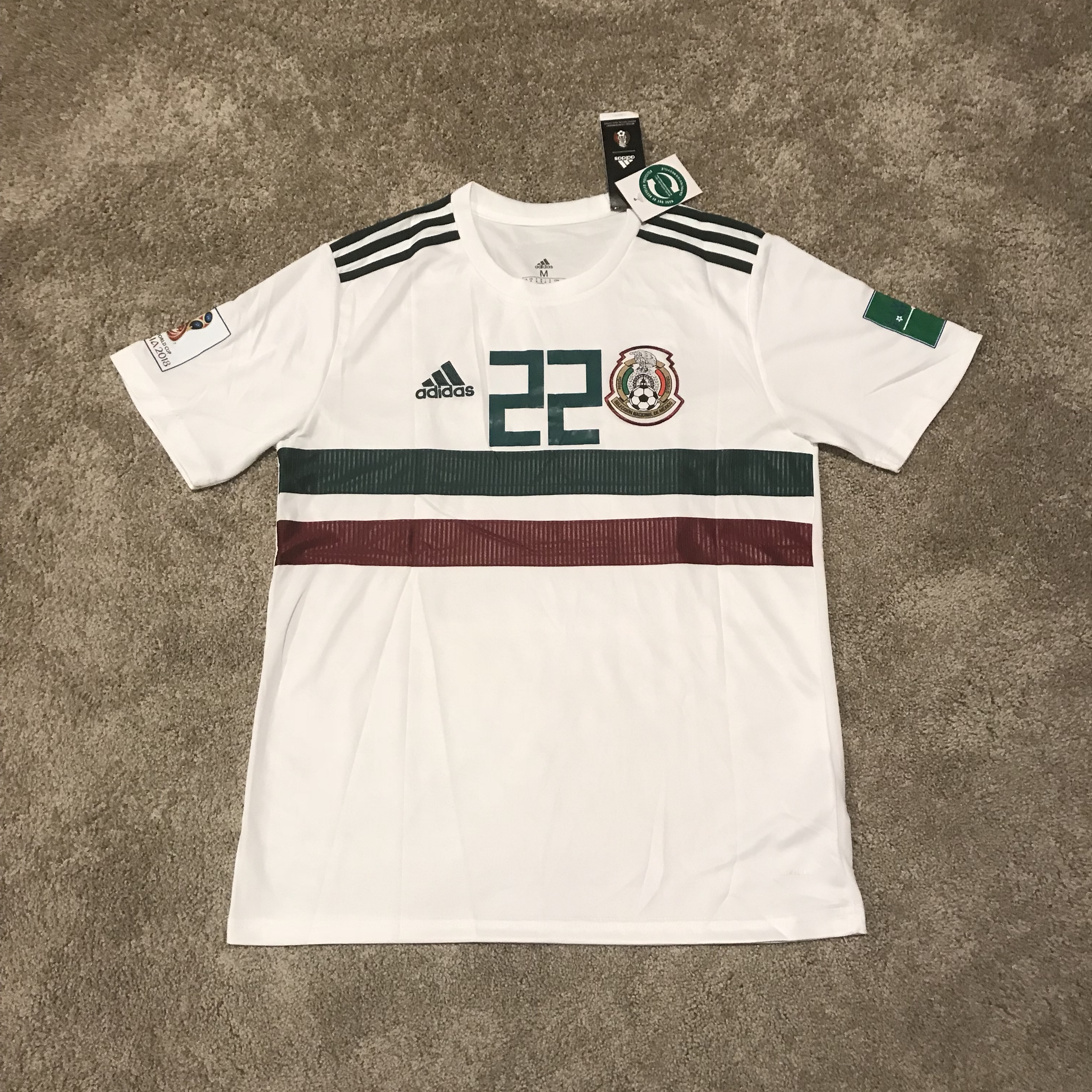 buy popular b5406 348f2 Hirving Lozano Mexico World Cup White Jersey New... - Depop