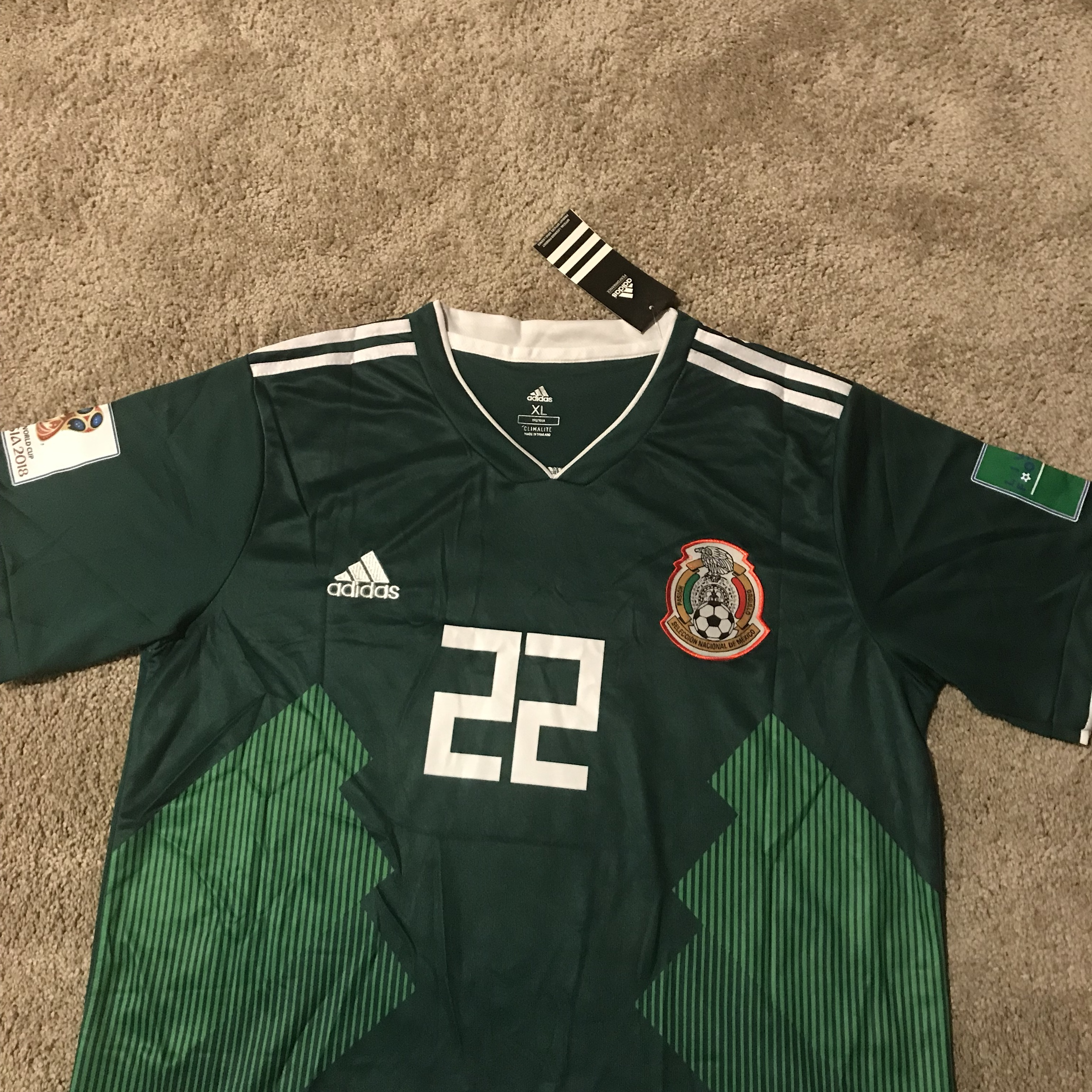 new product 359b3 722eb Hirving Lozano Mexico World Cup Green Jersey New... - Depop