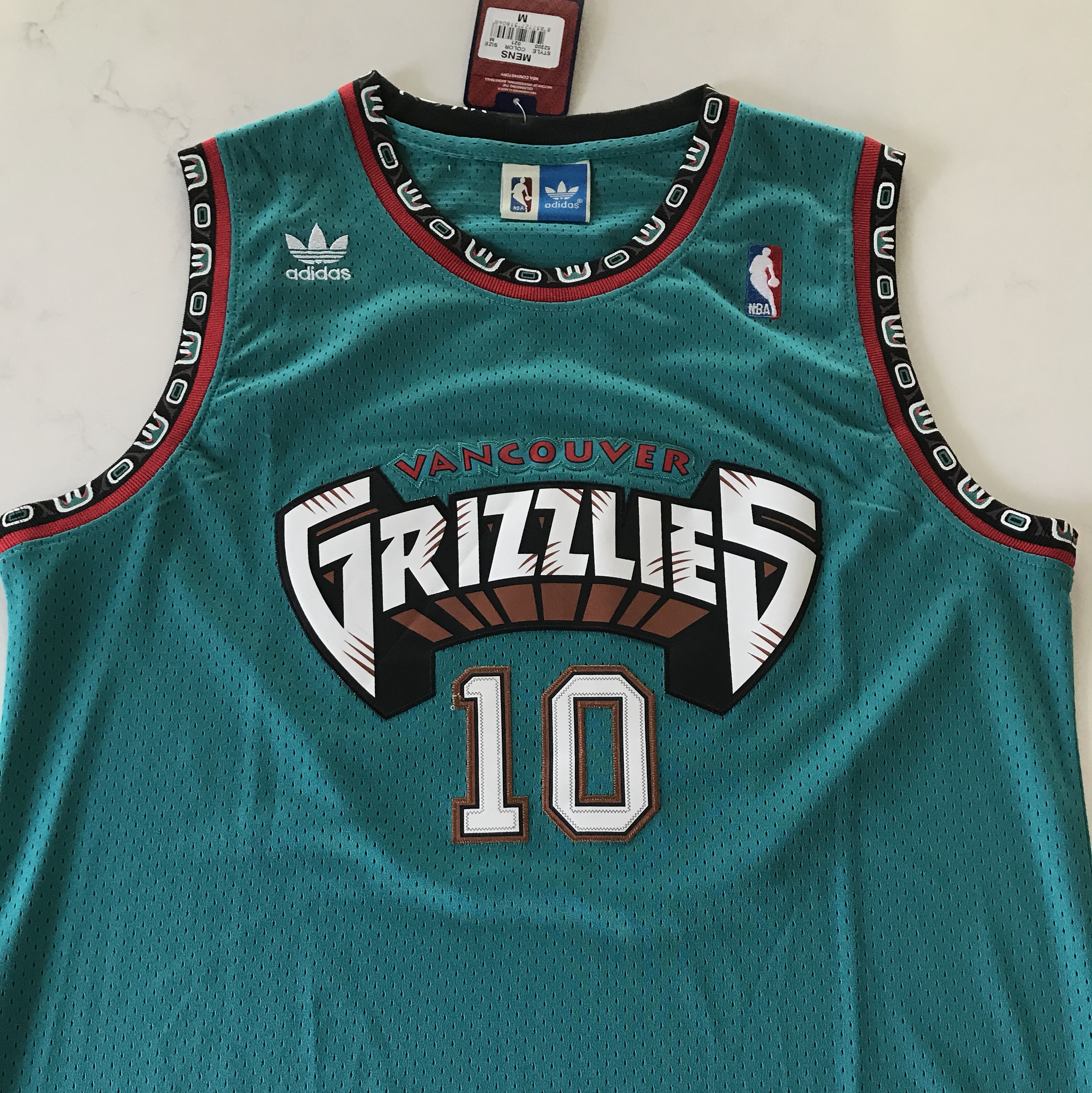 free shipping 17ab9 3d21a Mike Bibby Vancouver Grizzlies Throwback Jersey... - Depop