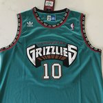 65ab9afcde8 Mike Bibby Vancouver Grizzlies Throwback