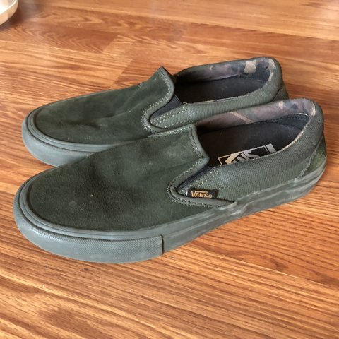 e65f6f9d32 Forest green suede Ultra Cush Vans (Gently Worn Great 8   US - Depop
