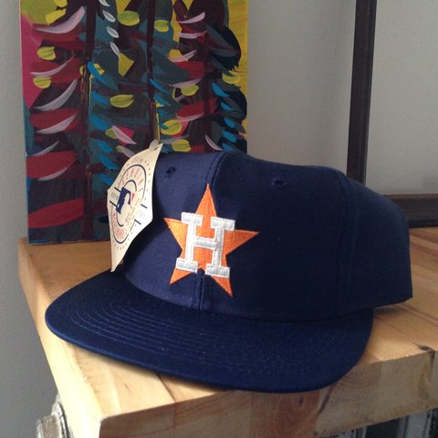 914d227eef71eb @fantasticromantic. 4 years ago. Brooklyn, NY, USA. Dead stock vintage  Houston Astros SnapBack hat.