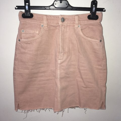 2b9bd18b13 @ysmnony. 9 months ago. London, United Kingdom. H&M pastel pink denim skirt  size 4. Im usually a 6 its ...