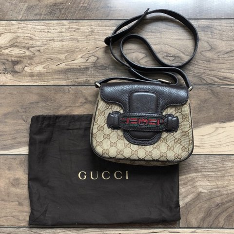 eb9d2d2c3c25 @lor029. 6 months ago. Chicago, United States. Gucci Classic GG Crossbody.  Authentic Gucci Bag