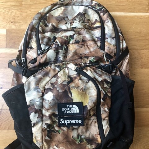62c0da66 @gonzo31. 20 days ago. London, United Kingdom. Supreme X the north face  pocono backpack