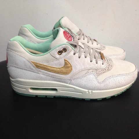 sports shoes d41c7 3d84e  raresneakers. 4 years ago. West Midlands, UK. Nike air max 1 yoth ...