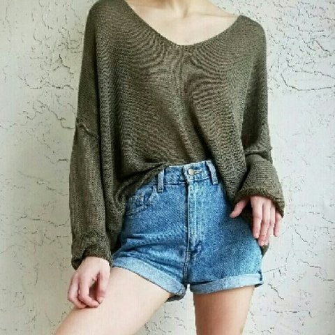 32b6927ee1 Olive green sweater Linen blend light weight olive green - Depop