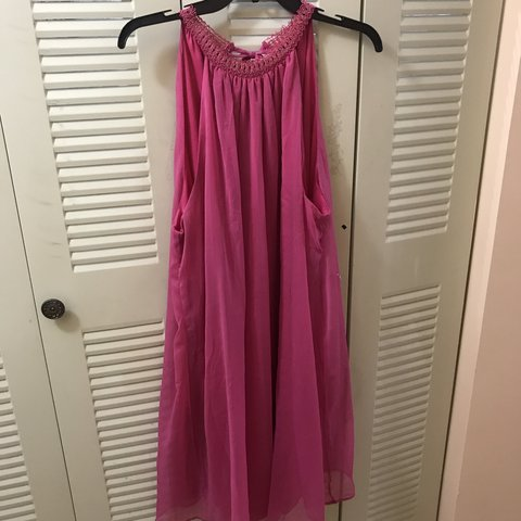5f5f38f33c4 Women s Plus size pink sundress. New condition . - Depop