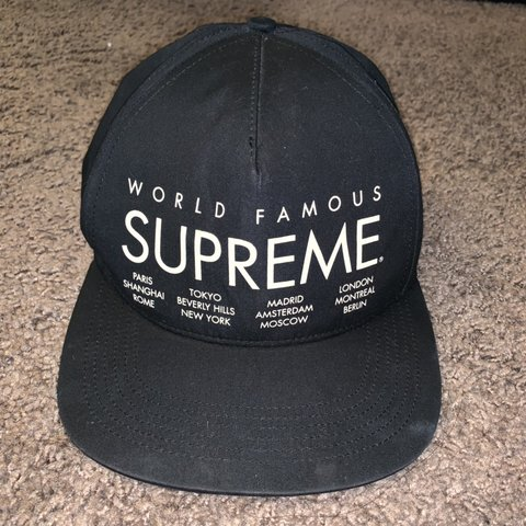 80efe419eb52a0 World Famous Supreme snapback hat.. good condition - Depop