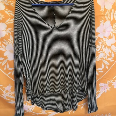 549200783eab08 @mailund. 5 months ago. East Honolulu, United States. long sleeve black and  white striped shirt, thicker ...
