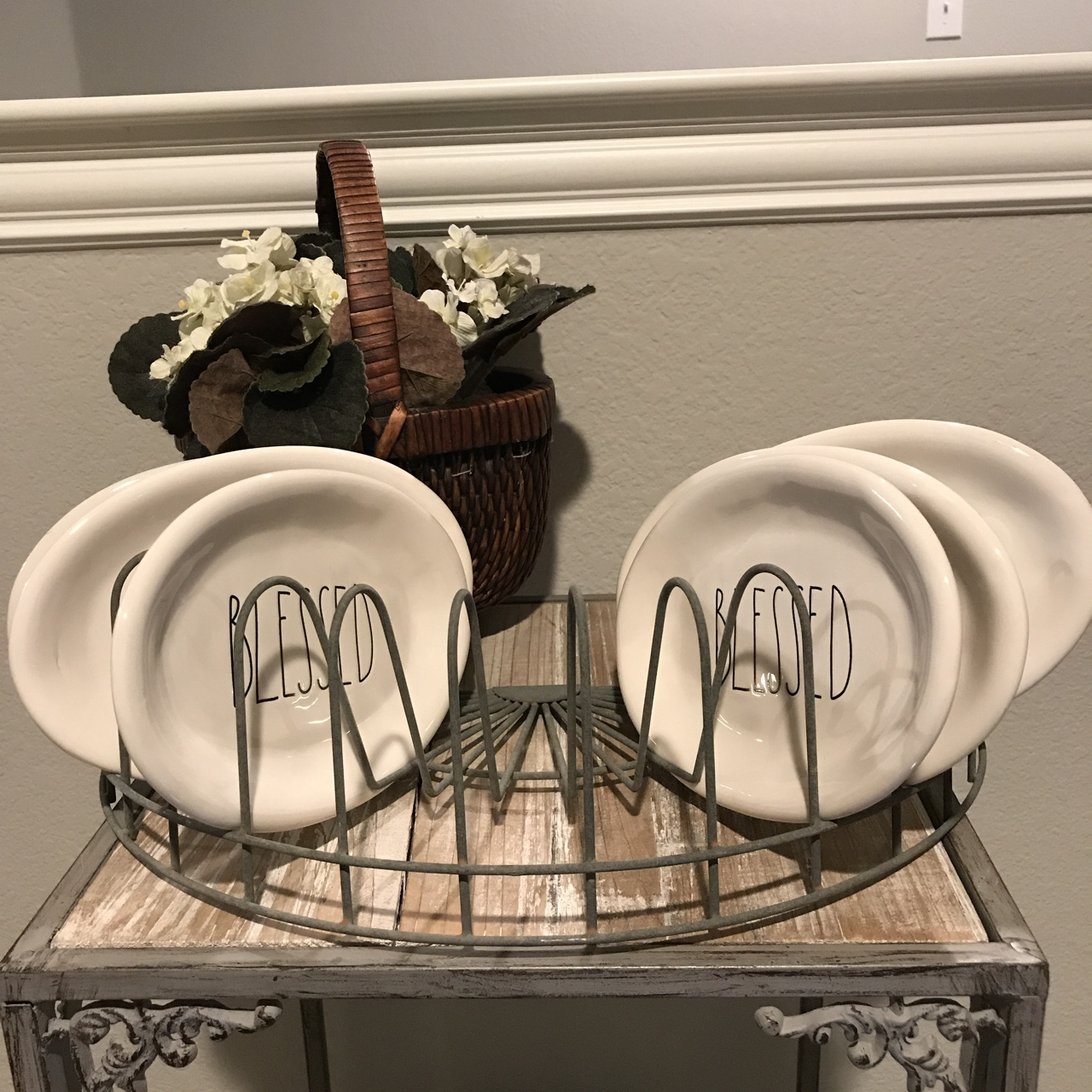 Half Round Vintage Farmhouse Plate Rack Perfect For Depop