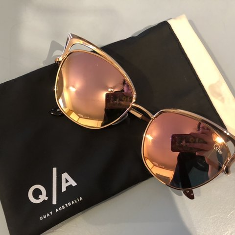 97abcdb6cd9fb Selling these quay Australia Lana rose gold cat eye Worn in - Depop